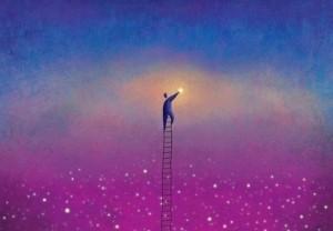 uomo-raggiunge-la-propria-luce-500x347